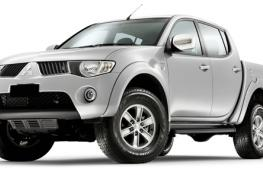 AUTO Mitsubishi L200 Pick-Up